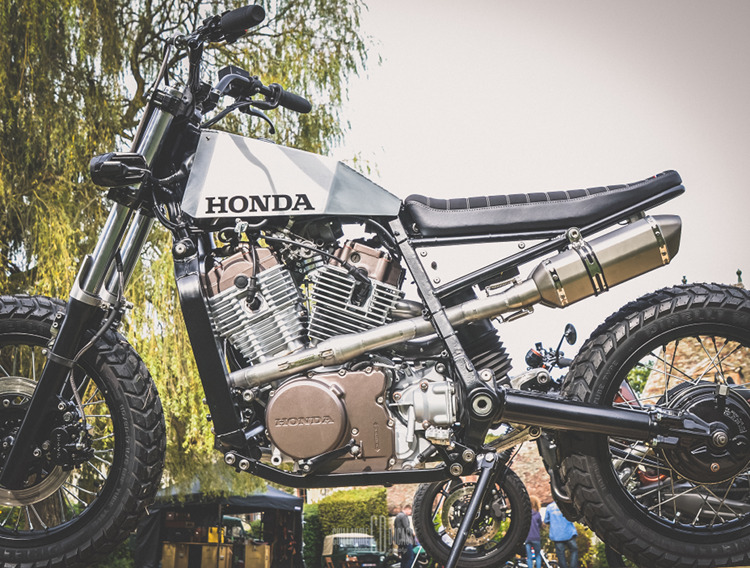 honda xlv750r street tracker by l tabli garage bikebound. Black Bedroom Furniture Sets. Home Design Ideas