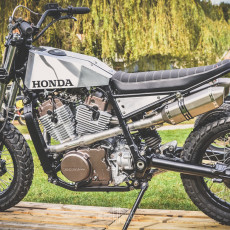 Honda XLV750R Street Tracker by L'établi Garage