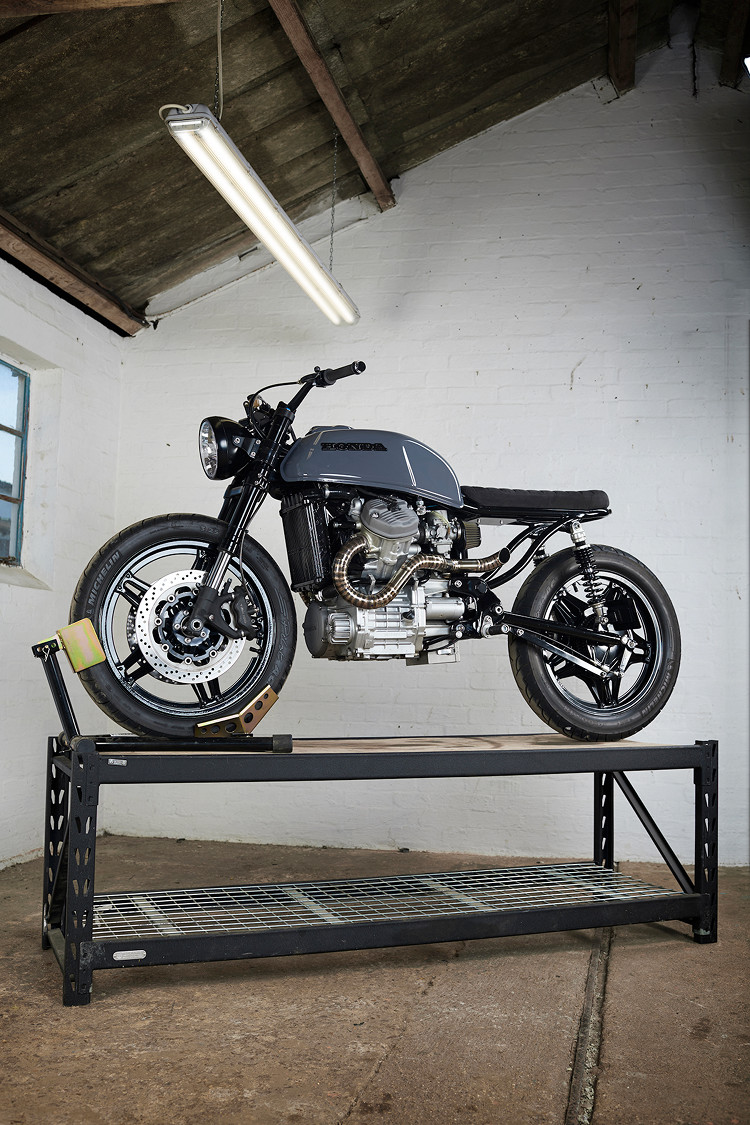 I Am A Fan Of The Standard Rear CX Subframe With Natural Seat Dip So Its Hard For Me To Enjoy Flat Brat Style Honda CX500 Custom