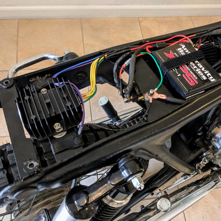 Honda CB350 Restomod Brat