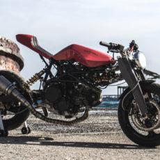 Ducati Valchiria Cafe Racer by Walter Castrogiovanni