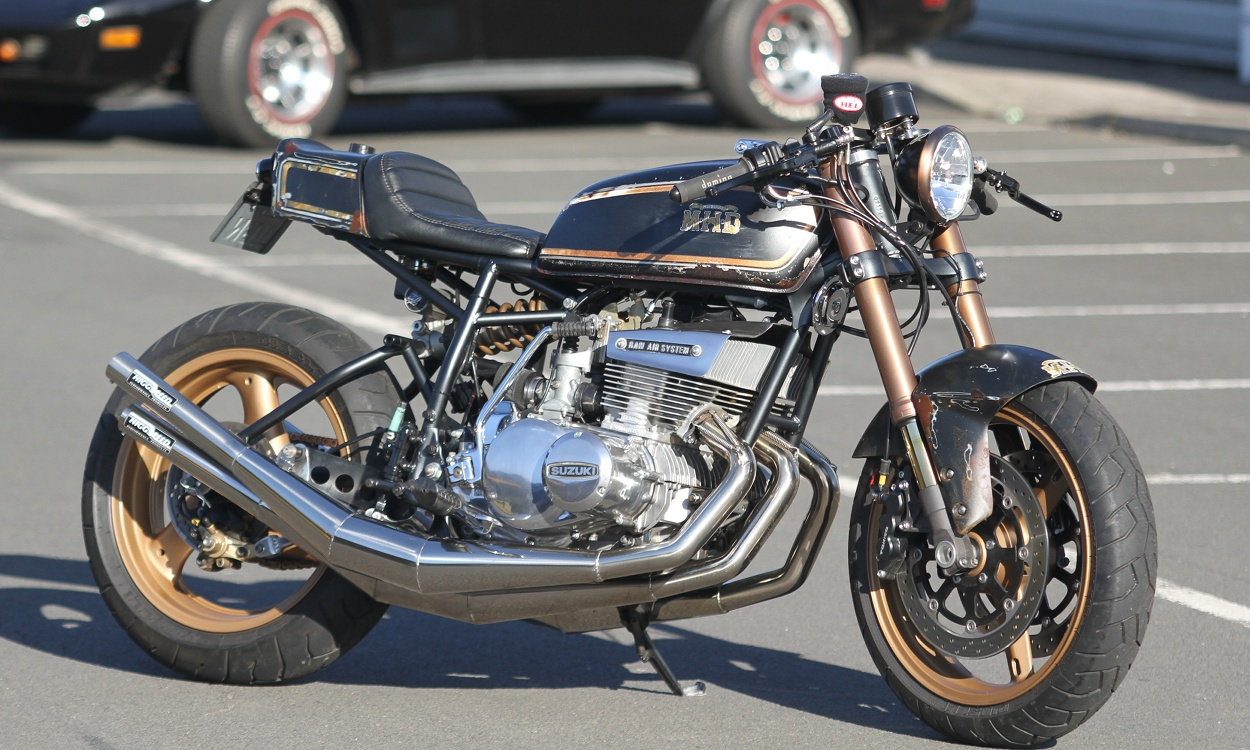 Honda Cl together with Bmw R G S Electrical Wiring Diagram further Suzuki Gt Custom Cafe Racer Streetfighter also Suzuki Gsf S additionally Abc Ab Dedef Ef. on suzuki gn400 wiring diagram