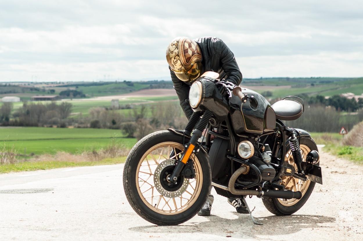 bmw r65 cafe racer john player special bikebound. Black Bedroom Furniture Sets. Home Design Ideas