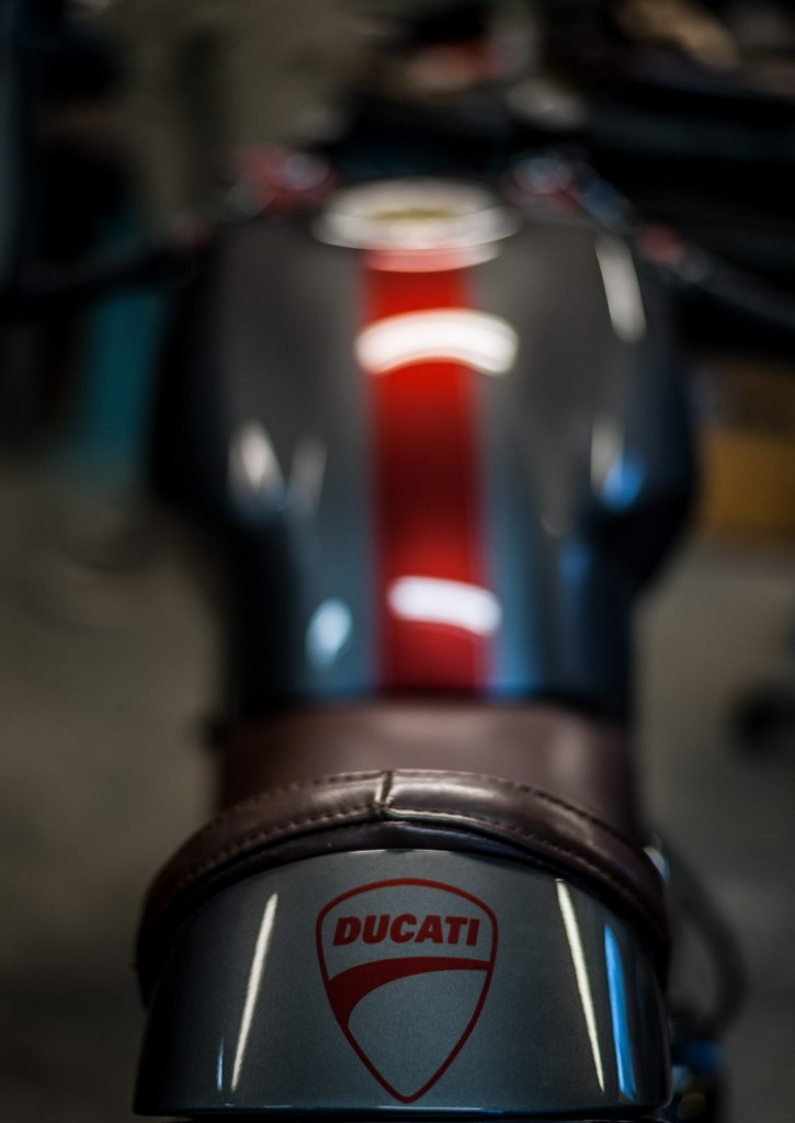 Ducati Monster 900 Cafe Racer