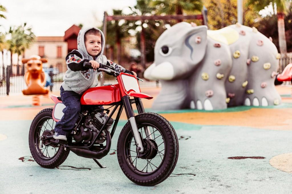 Moto Guzzi Pony Tracker