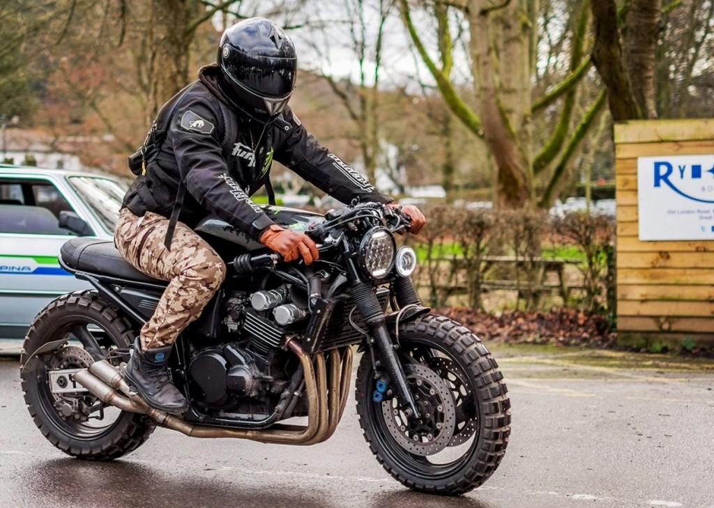 Yamaha Fazer 600 Streetfighter by LV Custom – BikeBound