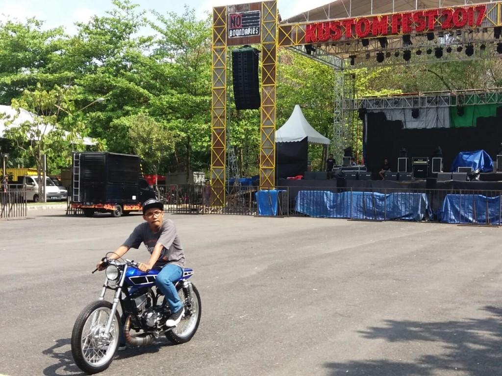 Yamaha RX 115 Cafe Racer