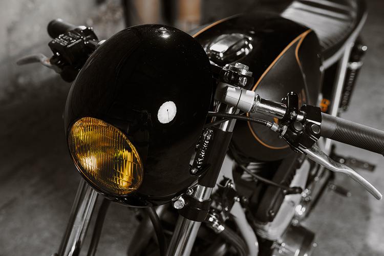 Yamaha XS850 Cafe Racer Restomod