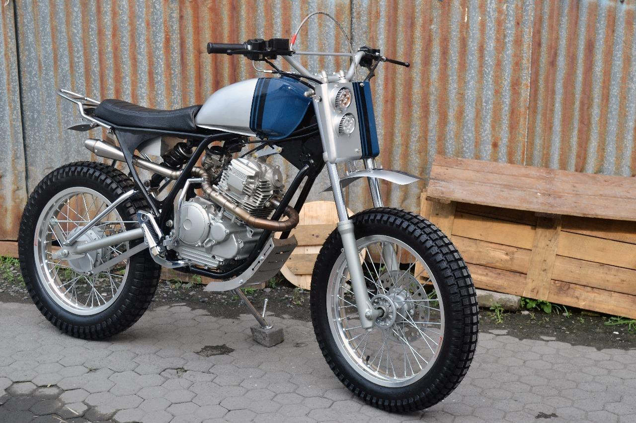 Yamaha Scorpio Z Tracker