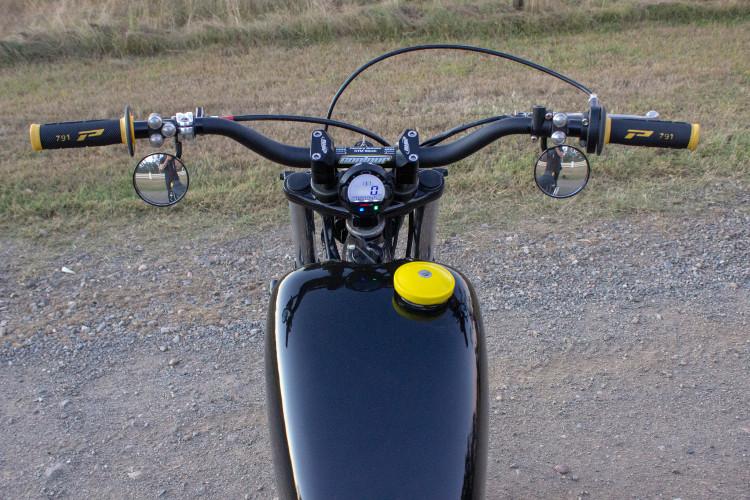 Yamaha SR400 Scrambler