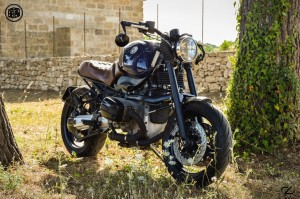 Custom BMW R1100R Roadster