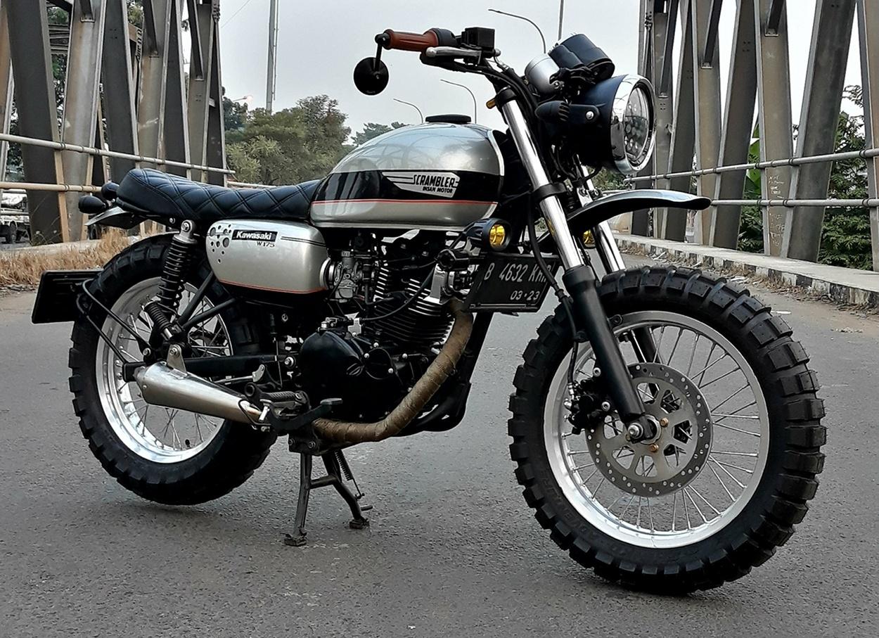 Kawasaki W175 Scrambler