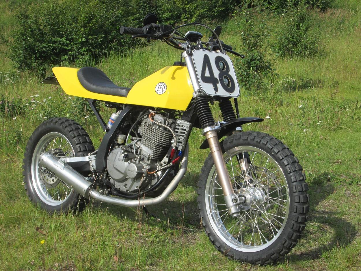 Suzuki DR650 Street Scrambler by James Russell – BikeBound