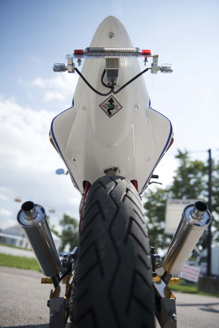 Yamaha RZ350 Restomod by Keith Carlson – BikeBound