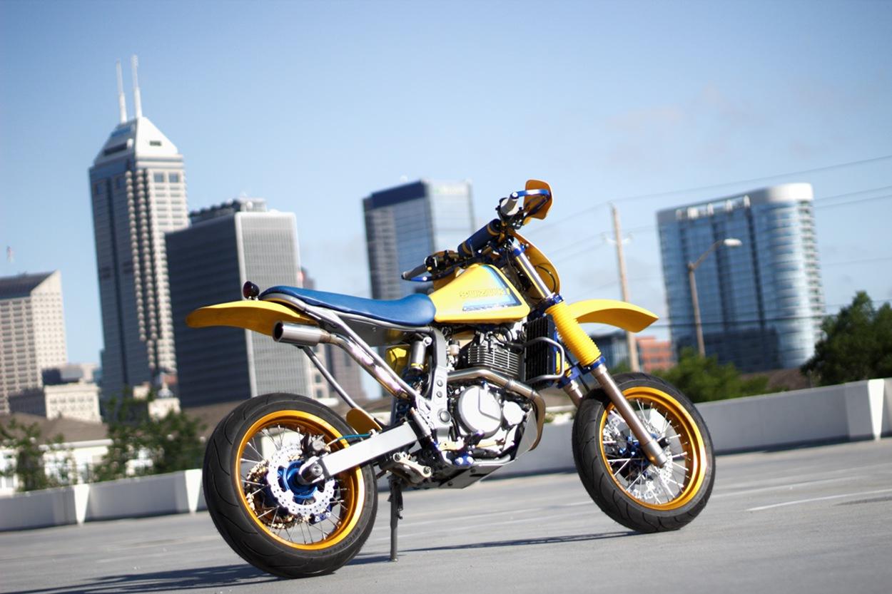 suzuki dr650 retro moto by parr motorcycles bikebound. Black Bedroom Furniture Sets. Home Design Ideas