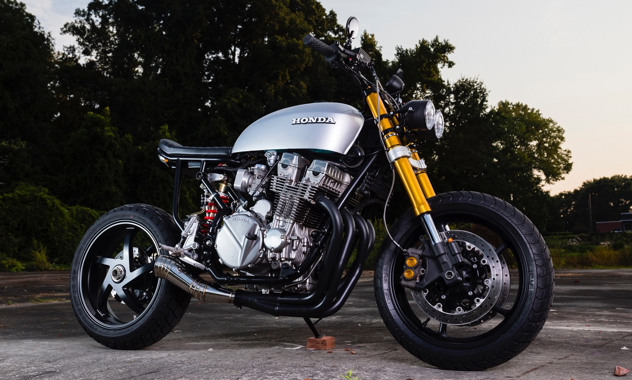 Honda CB750 Nighthawk by Vandals Moto – BikeBound