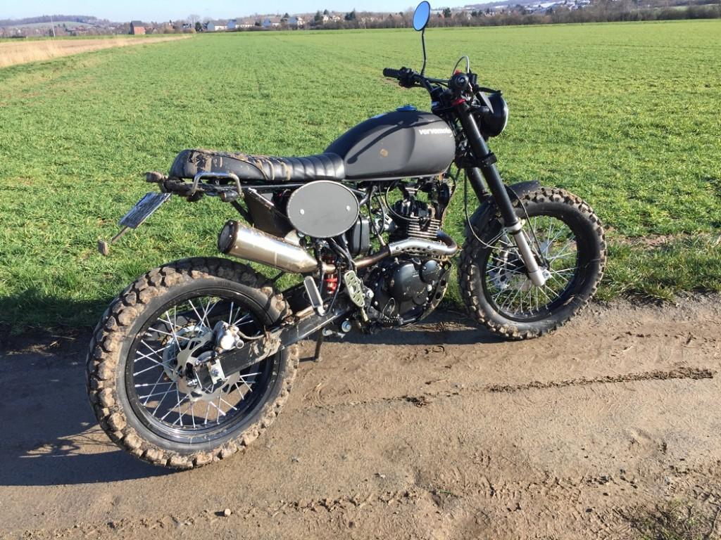 Verve Moto Tracker 125