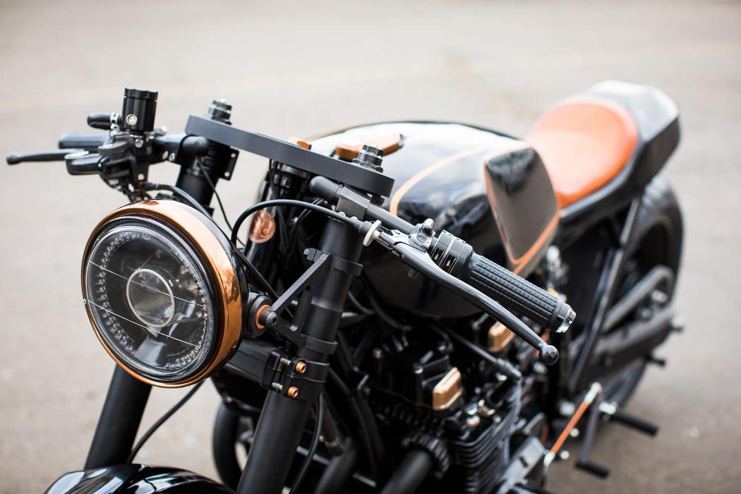 Kawasaki KZ1000 Restomod by Nova Motorcycles – BikeBound