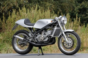 Yamaha RD350 Street Tracker by Scott Zupner – BikeBound
