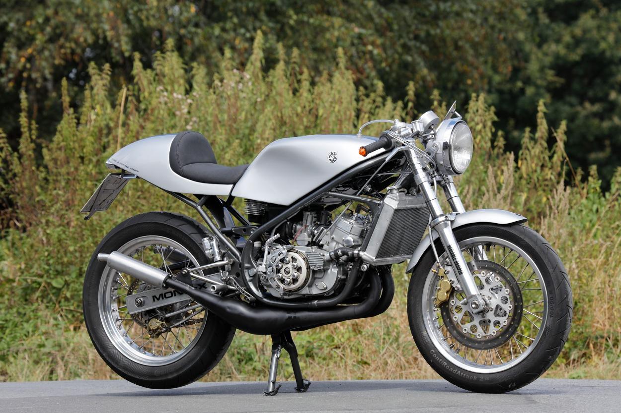 "Ideal RD: Yamaha ""RD380"" YPVS Café Racer – BikeBound"