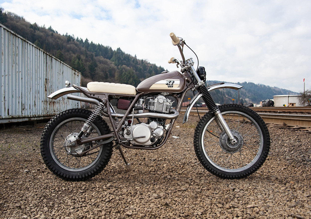 Twin Yamaha XT500 Customs by Red Clouds Collective – BikeBound