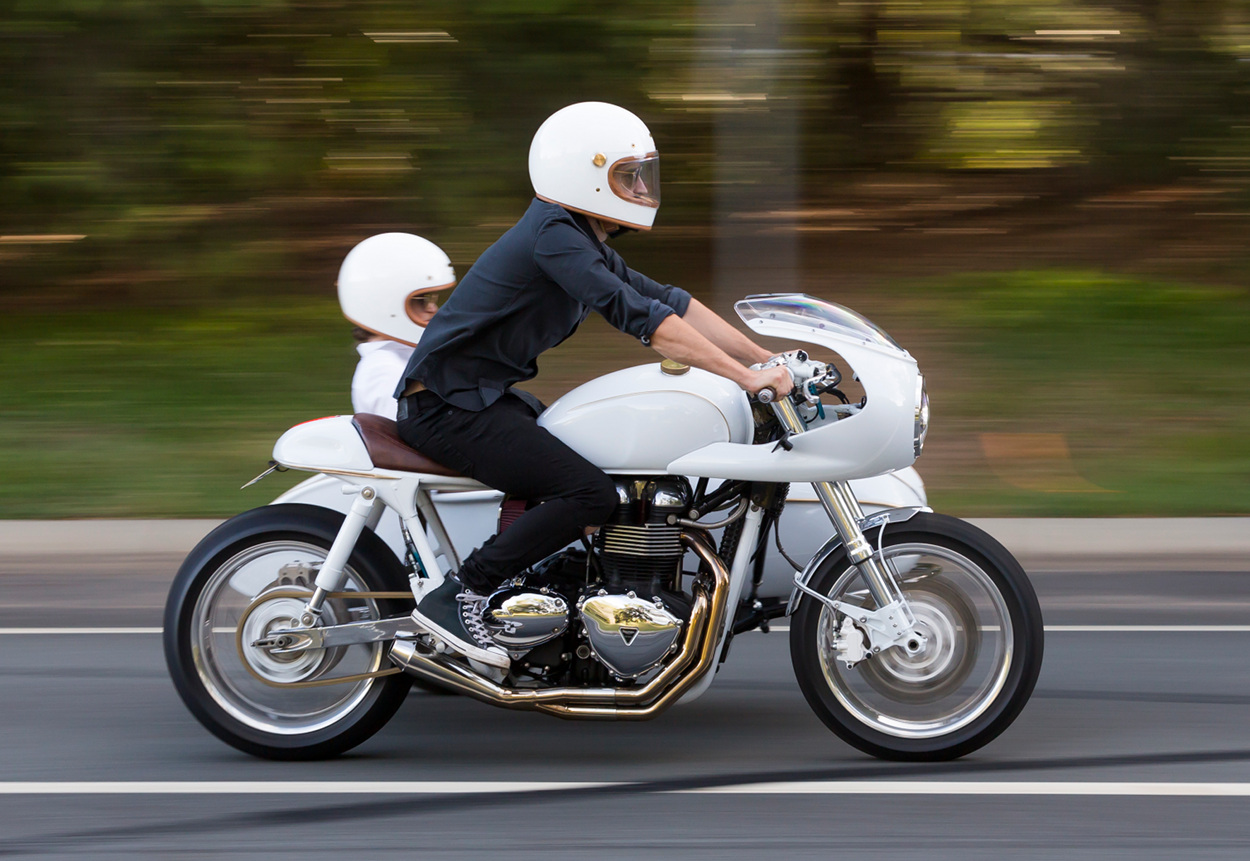 Triumph Cafe Racer >> Triumph Cafe Racer With Sidecar Bikebound