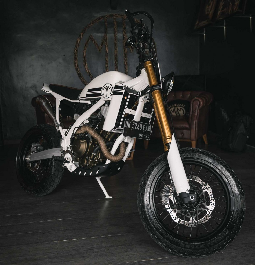 Honda CRF250 Supermoto