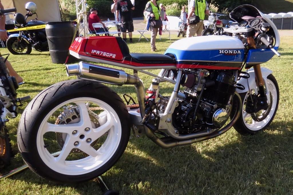 Honda CB750F2 Restomod