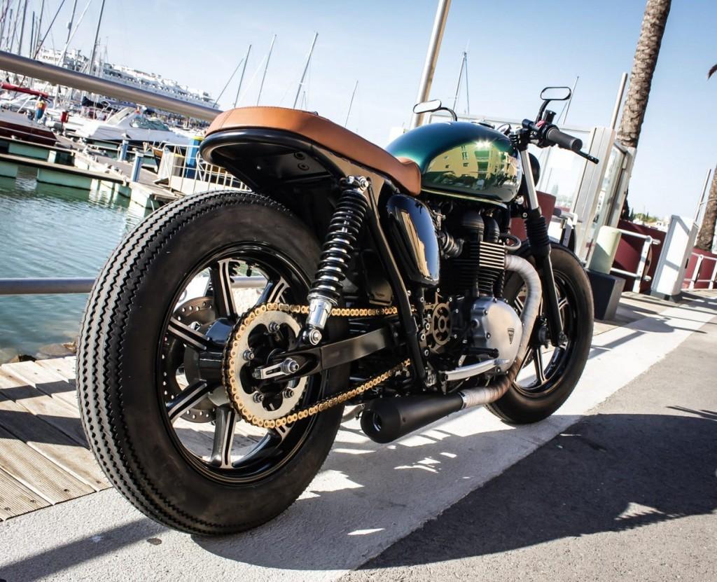 Triumph Bonneville Brat style