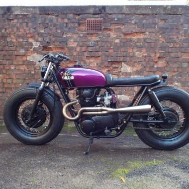Yamaha XS650 XS1B Brat Bike
