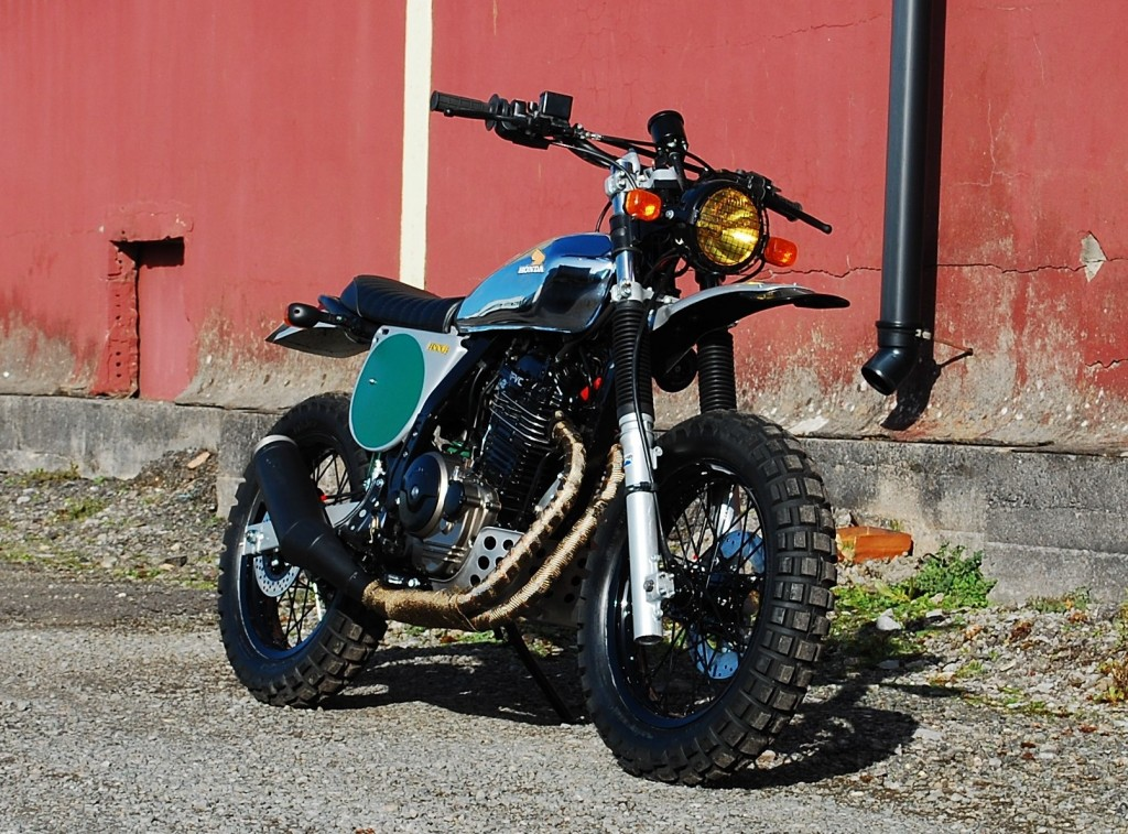 Custom Honda NX650 Dominator