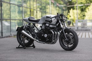 Honda CB750 RC42 Cafe Racer