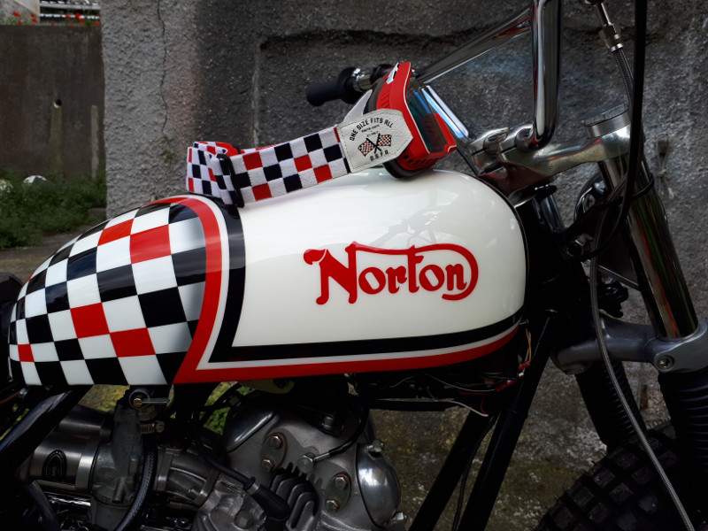 Norton Commando Tracker