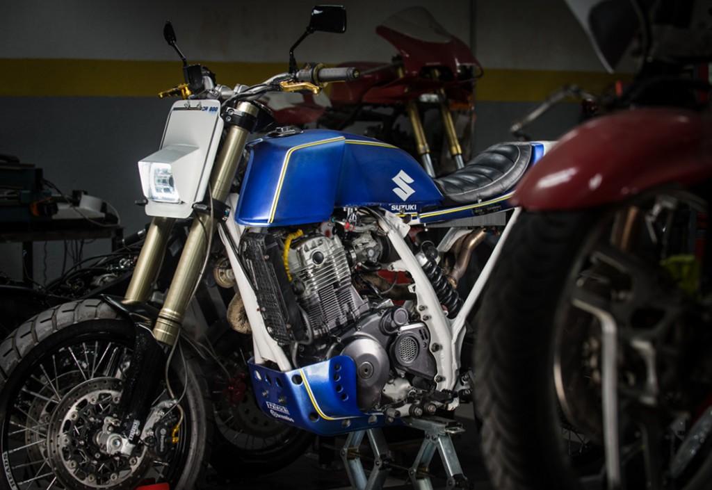 Suzuki DR Big Tracker