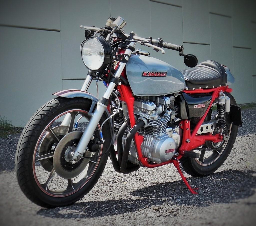 Kawasaki KZ400 Cafe Racer by Therapy Garage - BikeBound