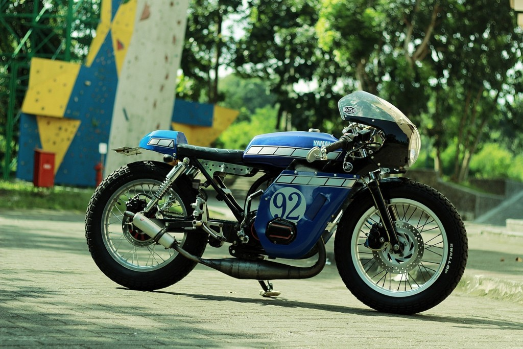 Yamaha-RX-King-Cafe-Racer-13