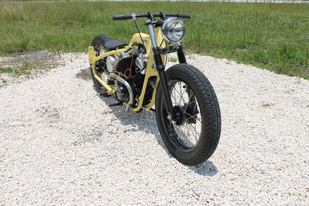 Yamaha-XV250-Bobber-2