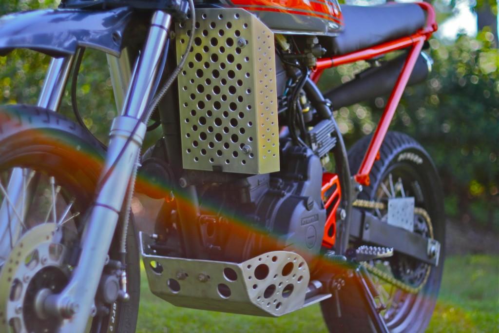 Kawasaki-KLR650-Tracker-7