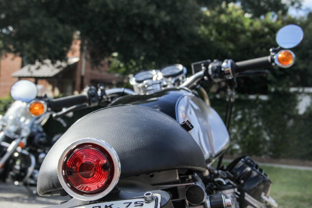 Moto-Guzzi-850-T-Cafe-Racer-13