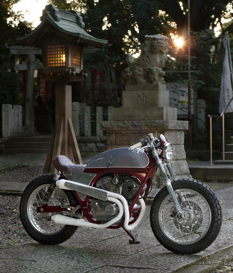 Yamaha-SRV250-Cafe-Racer-6