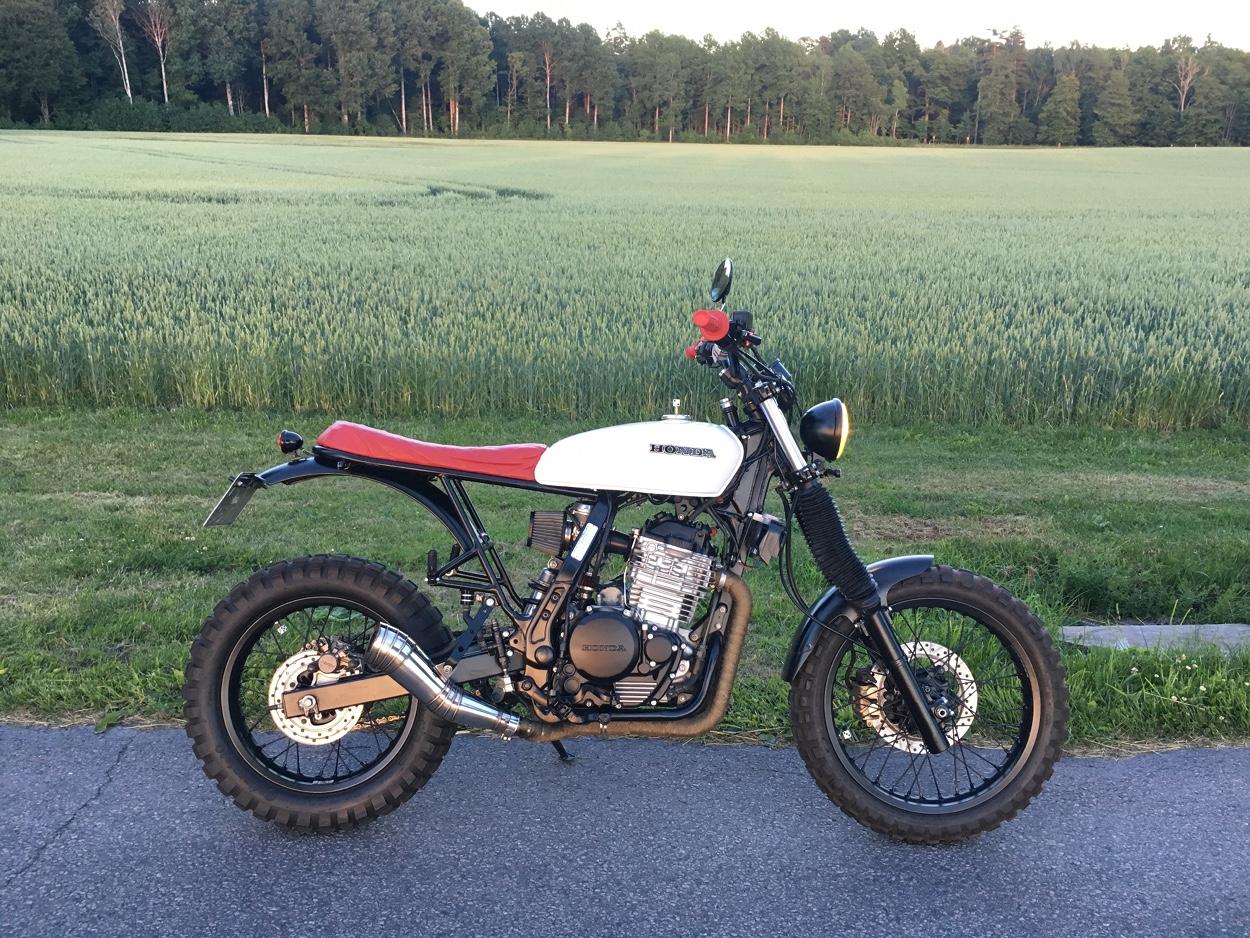 Honda NX650 Scrambler