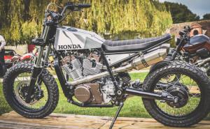 Honda XLV750R Street Tracker