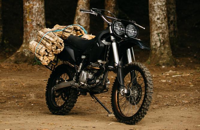 Kawasaki-KLX250-Scrambler-15