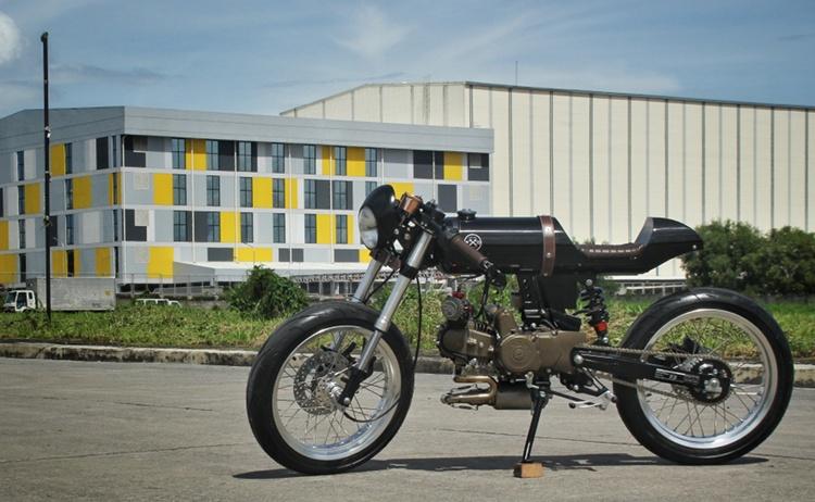 Rusi Mojo Cafe Racer