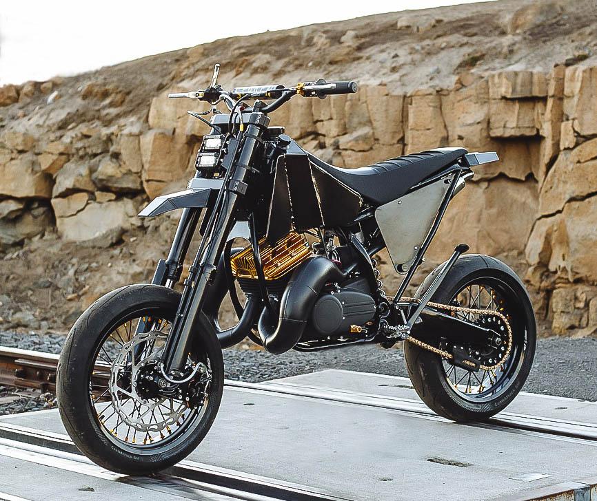 Yamaha RD350 Supermoto
