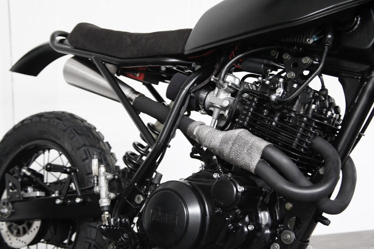Yamaha XT600 Desert Sled Scrambler Tracker