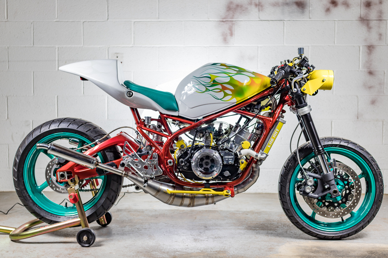 Yamaha RZ350 Custom Cafe Racer