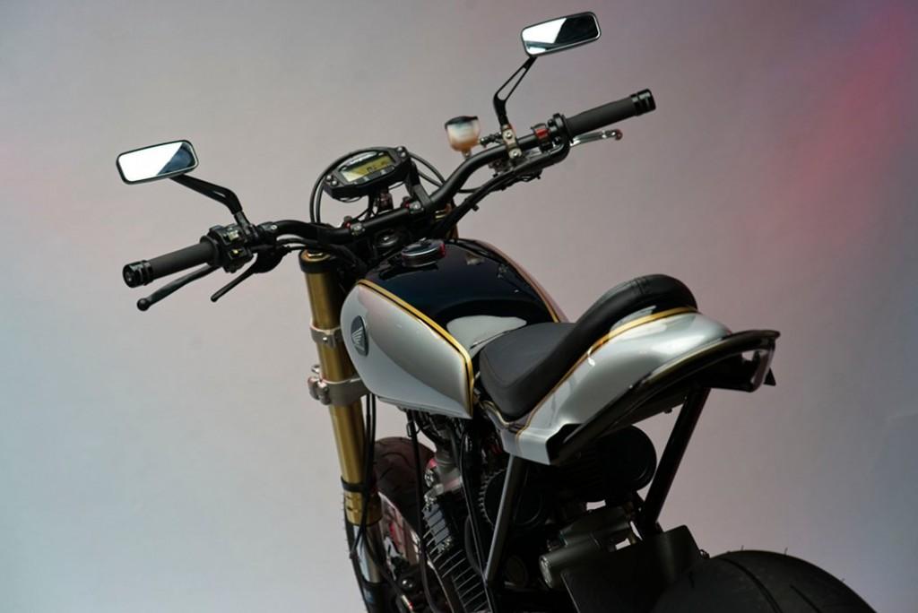 Honda XL600 Street Tracker