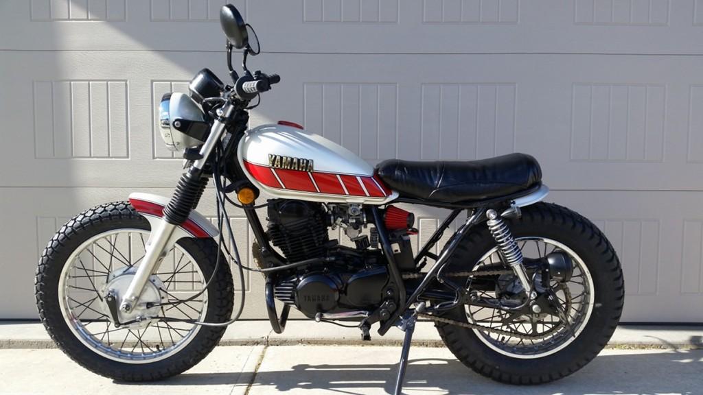 Yamaha SR250 Brat Scrambler
