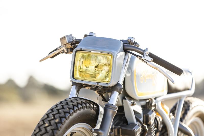 Yamaha XS400 Custom